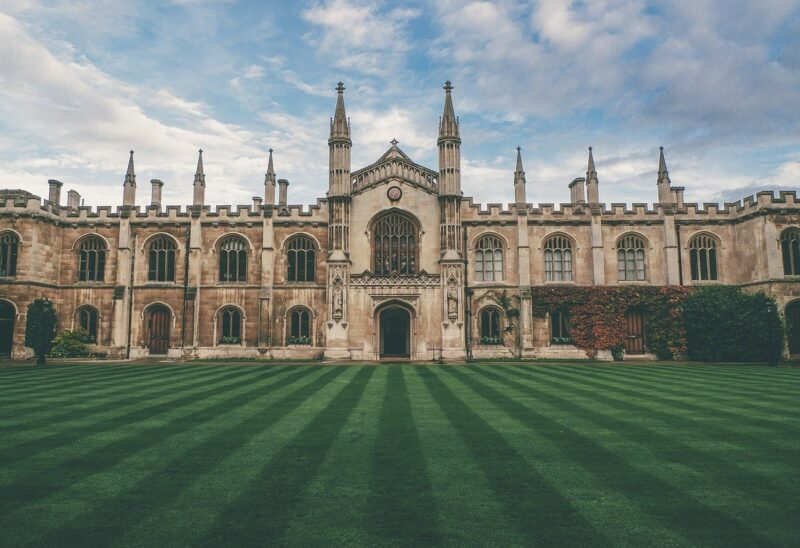 Castle Lawn Great Britain England  - Free-Photos / Pixabay